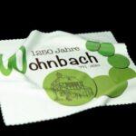 Wohnbach 1250 Jahre-Brillenputztuch-Front